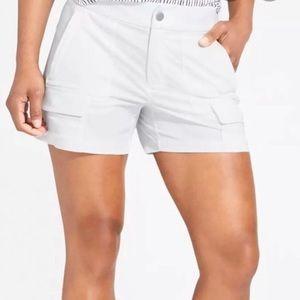 Athleta Trekkie Short in White Size 4